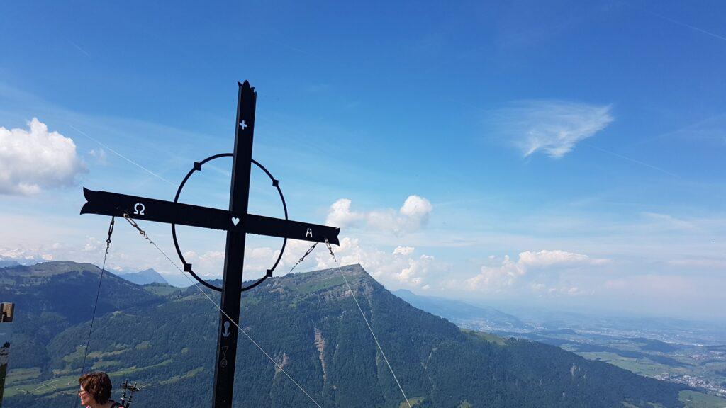 Gipfelkreuz am Gnipen